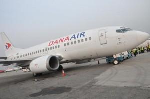 Dana's new Boeing 737-500 Plane