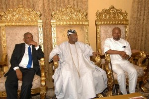 Orji Kalu, Oba Oyewumi and Bayo Fatusin (Owner of House J) during the visit