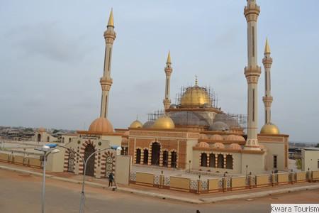 912553_ilorin_central_mosque_jpgc97f014f39935c5afe62c2de0f8b2e85