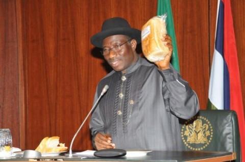 President Jonathan Present Cassava Bread To FEC Meeting