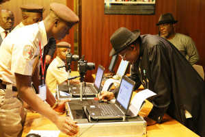 President Jonathan obtains new epassport in Abuja