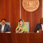 VISIT,_MALALA,_HER_FATHER_AND_ABATI_DURING_PRESS_CONF