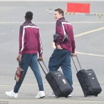 Revealed! 7 Days after Joining Arsenal, Welbeck Still Carries United Bag