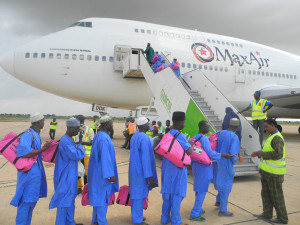 Max-Air-airlifts-Muslim-pilgrimage