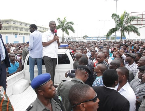 Dr. Dakuku Peterside, APC governorship candidate in Rivers  State addressing his supporters during a campaign stop in Port Harcourt  Local Government Area