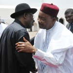 Photo: President Goodluck Jonathan Receives President Mahamadou Issoufou Of Niger In Abuja-21/5/2015