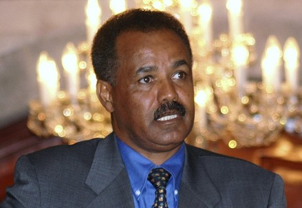 Eritrean President Isaias Afewerki addresses a news conference in Sana'a in this December 10, 2004 file photo.  Afewerki fears the United States will try to kill him by firing a missile into his residence, according to a leaked cable from the U.S. embassy in Eritrea. In the cable released on Dec. 15 on WikiLeaks, former U.S. ambassador Ronald McMullen wrote that Afewerki also believed Ethiopian Prime Minister Meles Zenawi tried to have him killed 14 years ago.  REUTERS/Khaled Abdullah/Files  (YEMEN - Tags: HEADSHOT POLITICS)