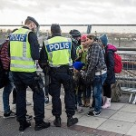 World News – Migrant crisis: Sweden Introduces Tighter Border Controls