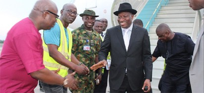 Jonathan-arrives-Nigeria