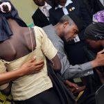 vp-receives-21-chibok-girls-11