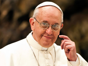 Pope-Francis-Audience-with-the-media-1