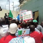 Ambode's Imposition Tears Lagos APC Apart, As Members Protest Against Tinubu