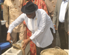 Rivers State Governor, Rt. Hon Rotimi Chibuike Amaechi Performing the foundation stone laying of the Akpor Traditional Centre  at Ozuoba in Obio -Akpor, weekend