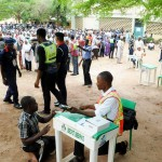 After Card Readers Fail, INEC Resorts To Manual Accreditation Of Voters In Enugu