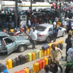 Fuel Scarcity: Lagos Bans Indiscriminate Queues At Petrol Stations