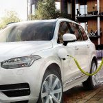 Qatar Says First Middle East Electric Cars Underway